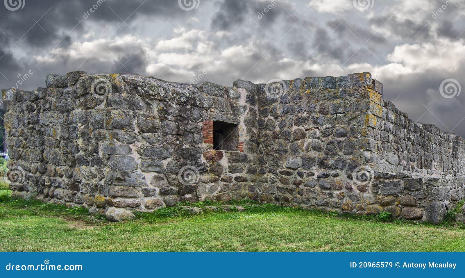 O castelo de Aosehus arruina o overcast