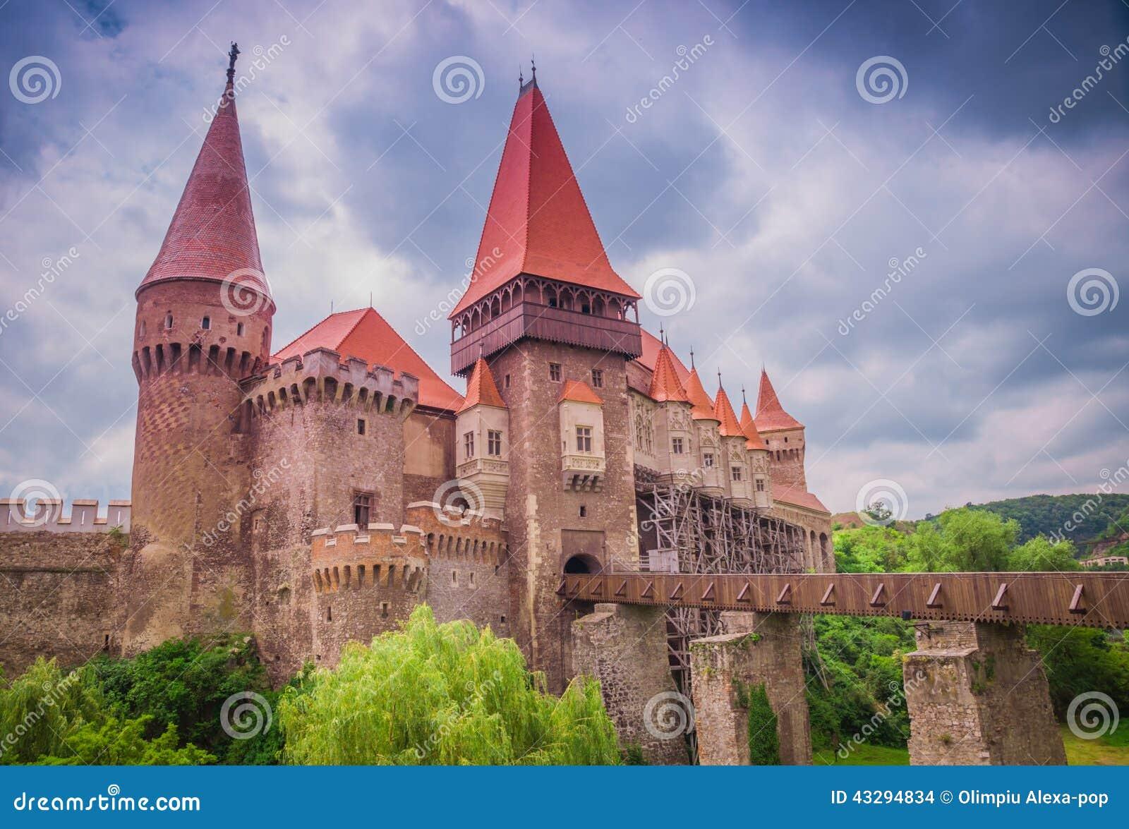 O castelo de Corvins, Romênia