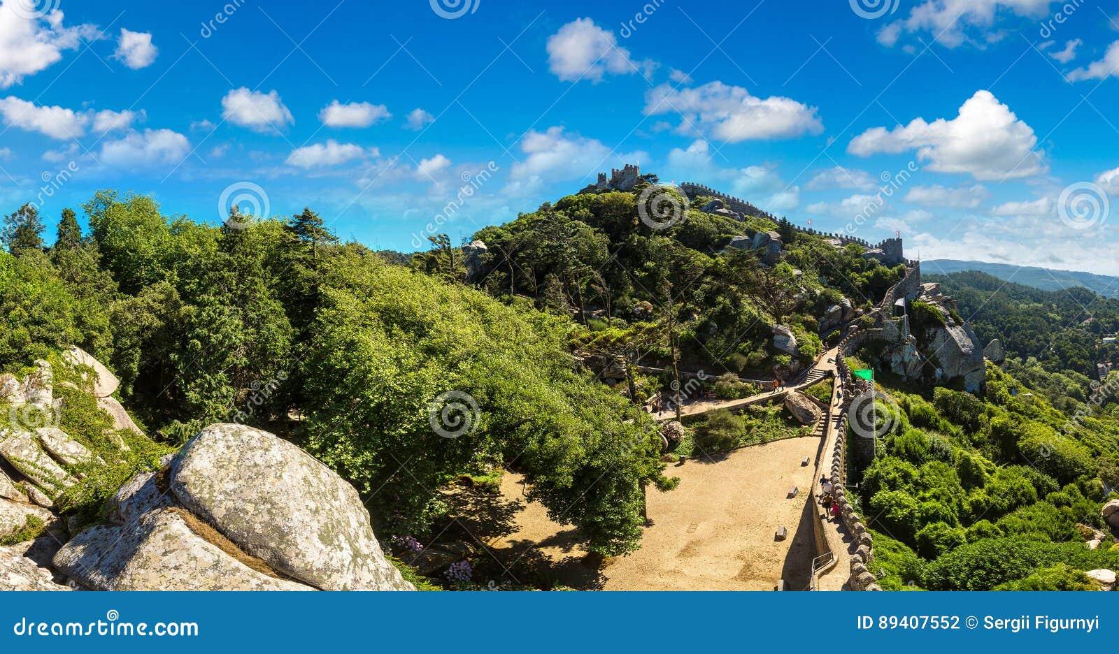 O castelo do amarra em Sintra