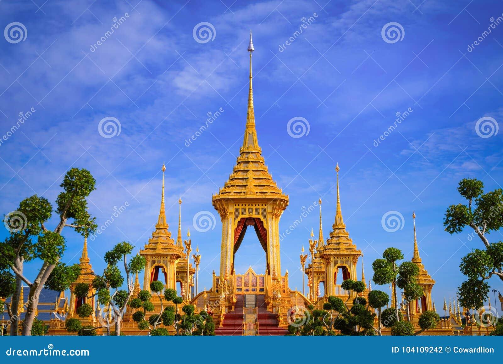 O crematório real de seu rei Bhumibol Adulyadej da majestade