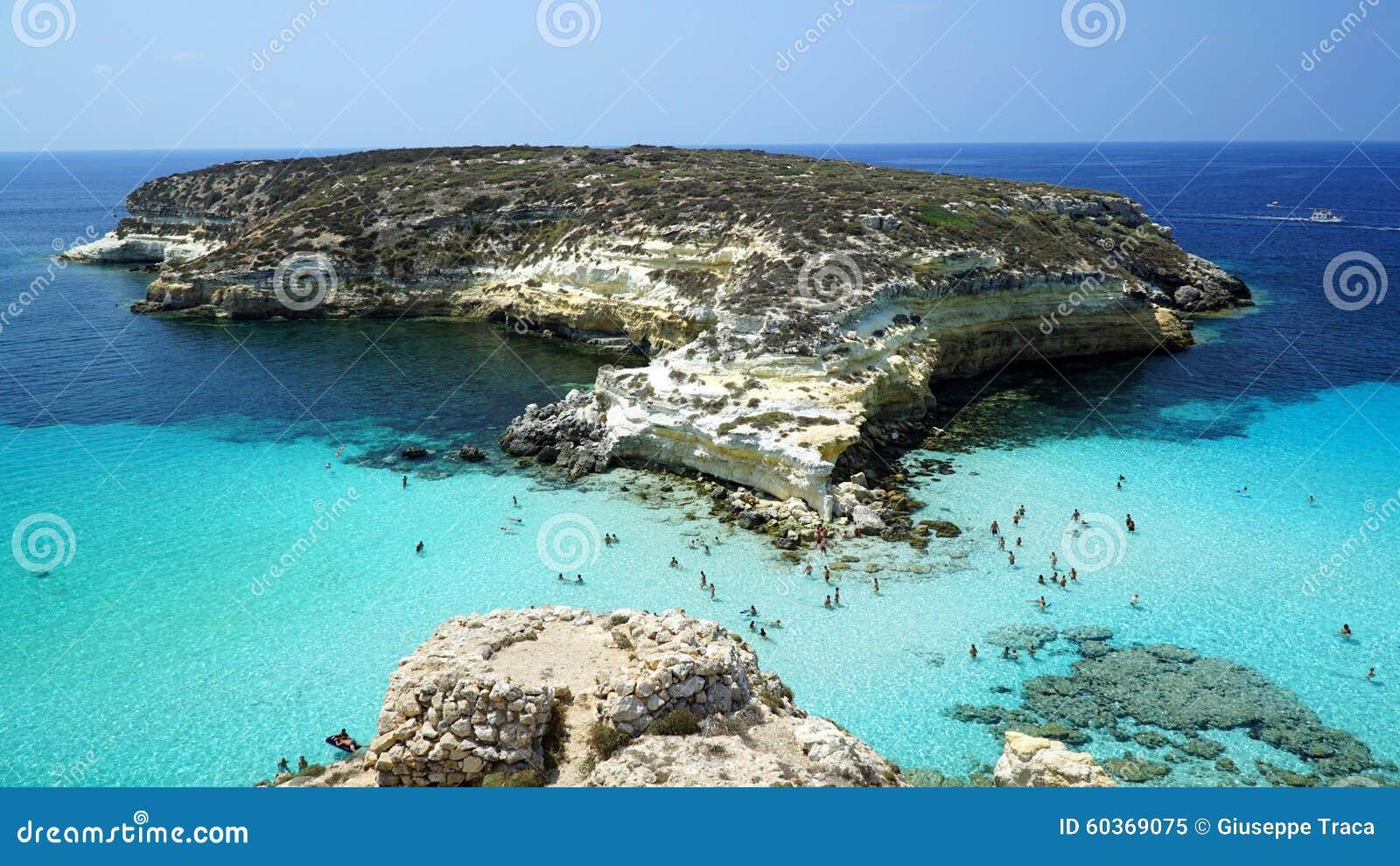 O dei Conigli da ilha/Isola dos coelhos, mar Mediterrâneo