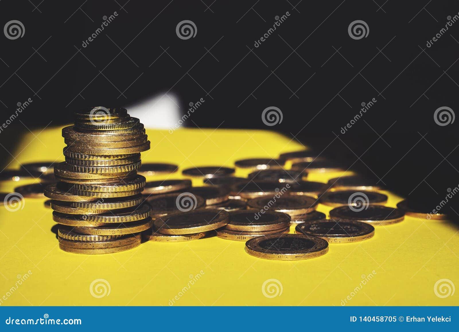 O dinheiro e a conta da economia financiam o conceito do negócio do banco, conceito da falência