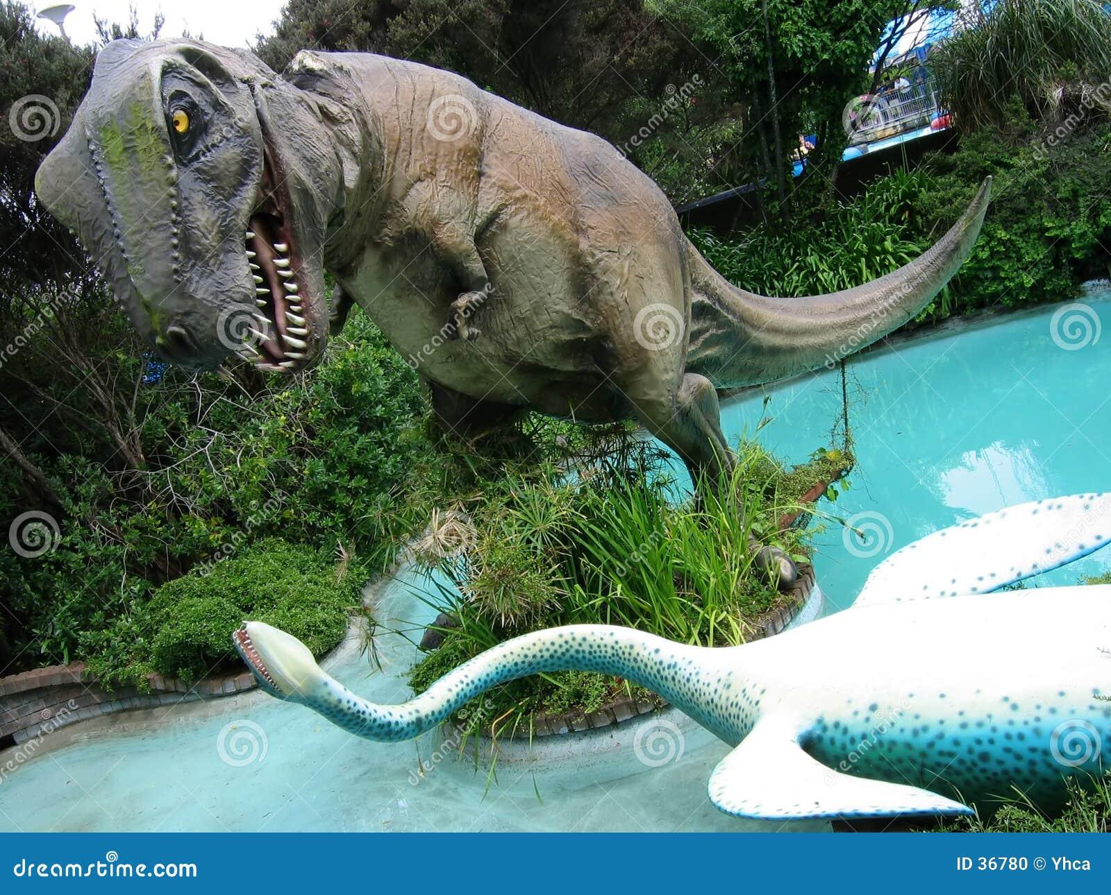 O dinossauro figura a luta