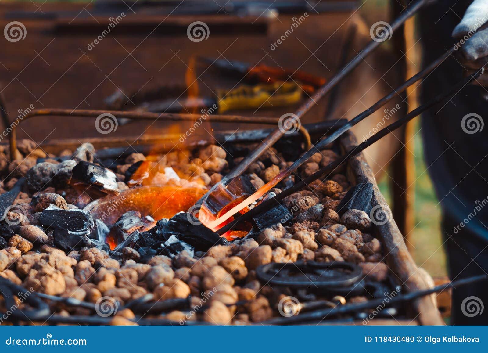 O fogo na forja