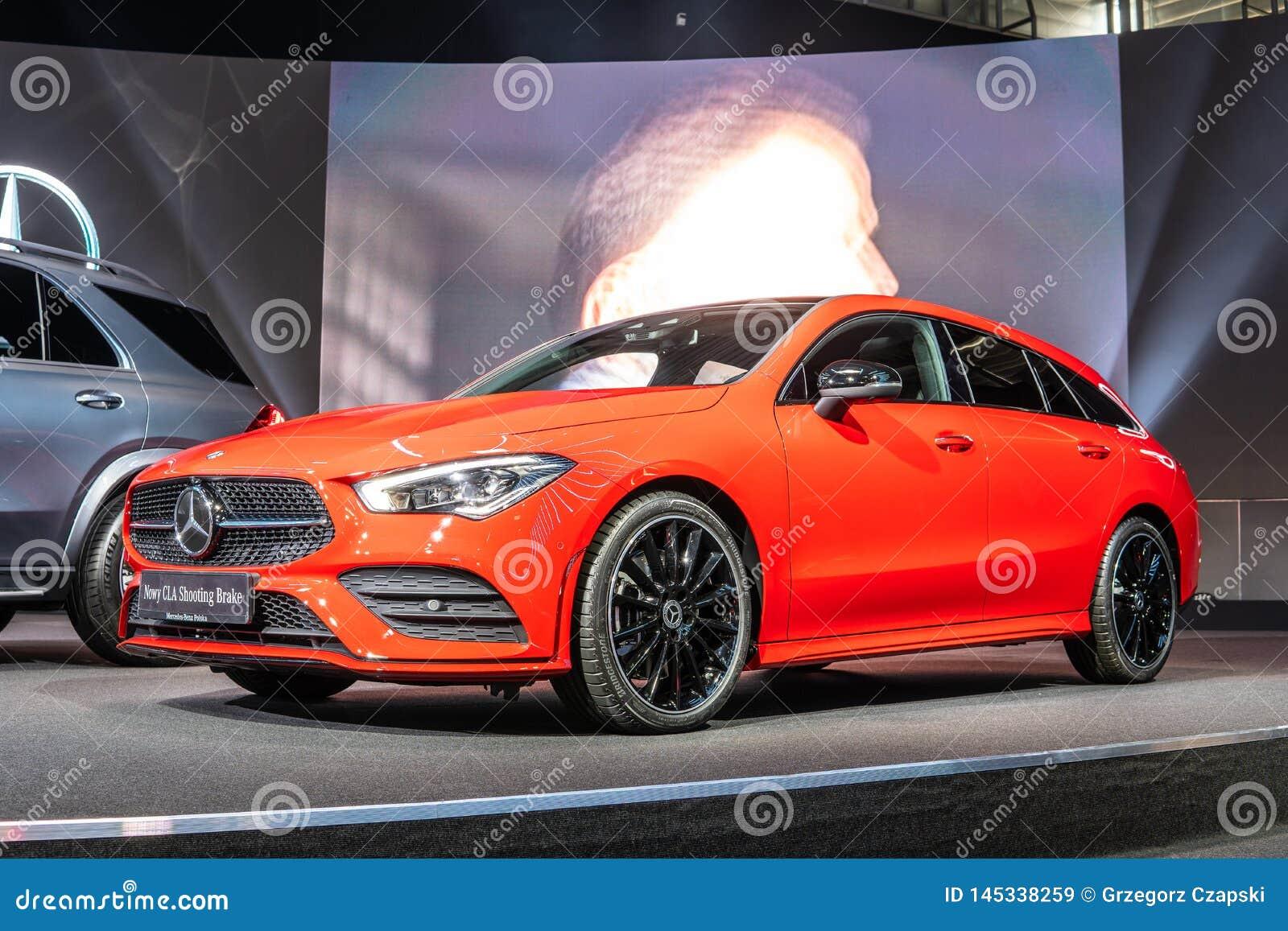 O freio de tiro 4Matic do CLA de Mercedes Benz, segunda gera??o, C118, carro da carrinha produziu por Mercedes-Benz