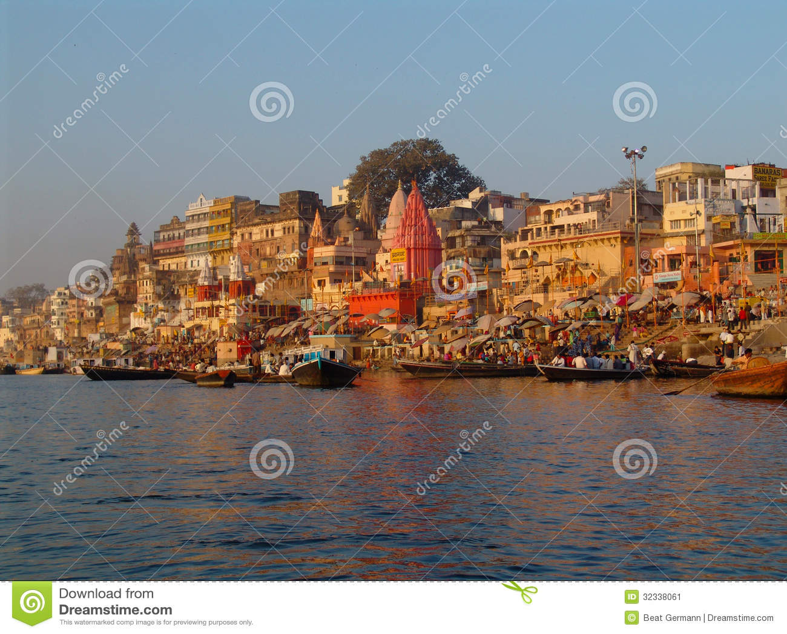 O ganges em Varanasi