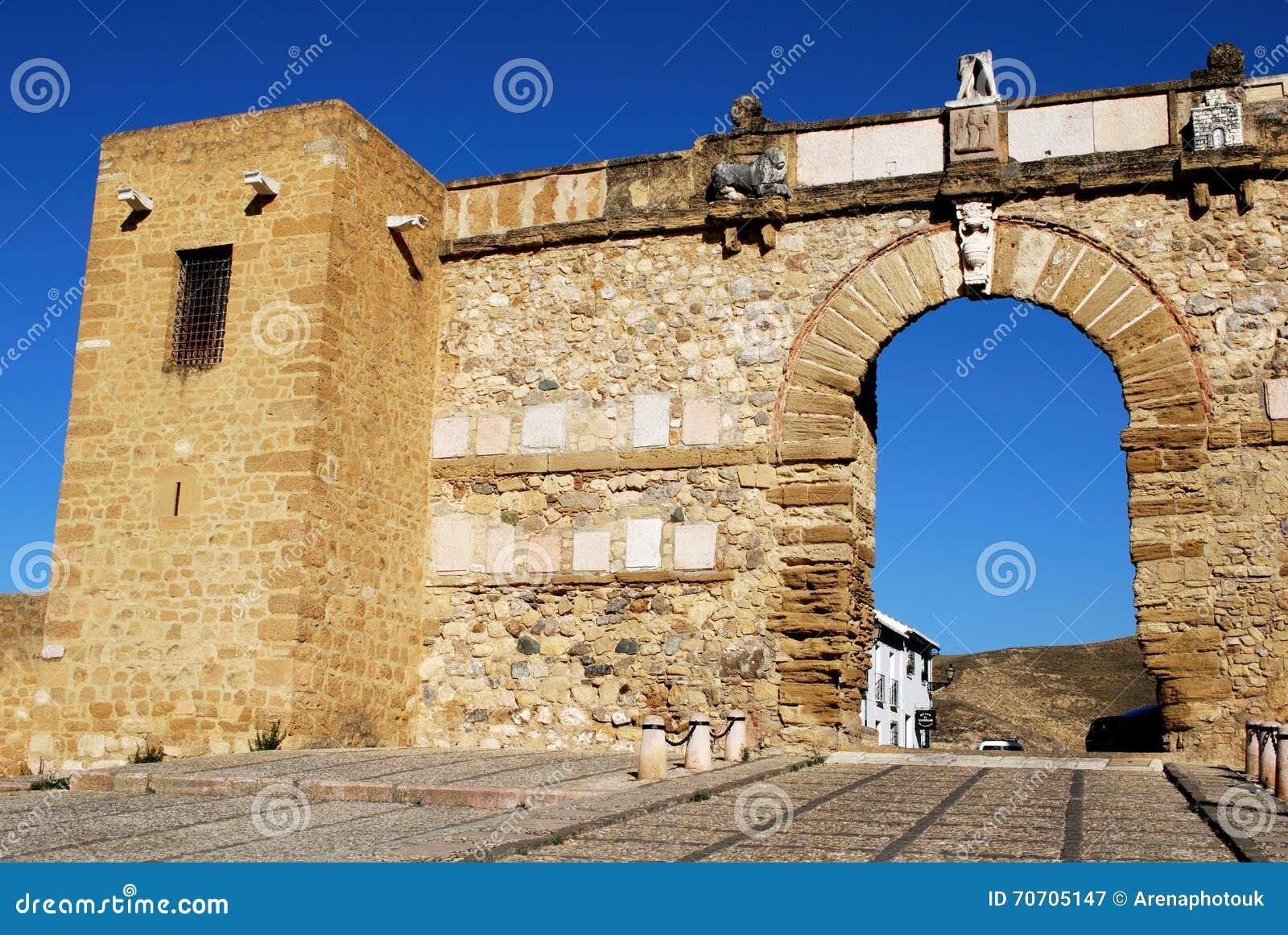 O Giants arqueia, Antequera