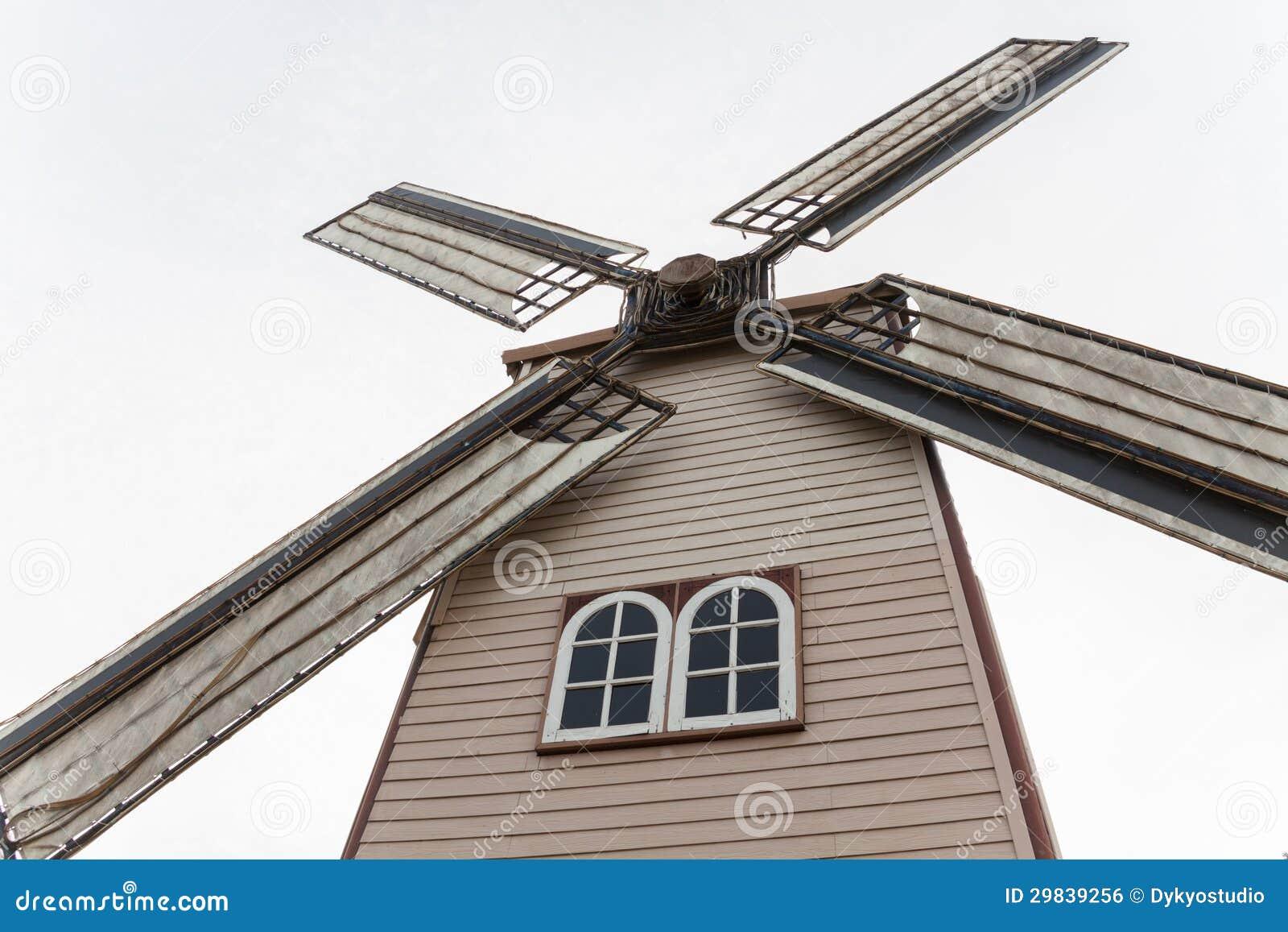 Grande moinho de vento