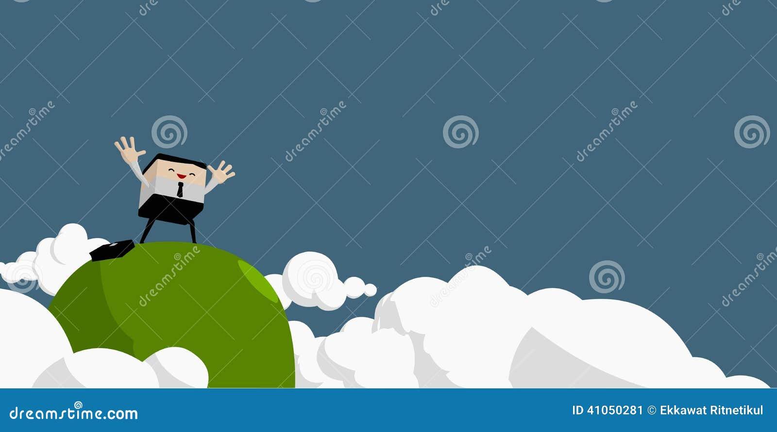 O homem de negócios levantou as mãos na parte superior da montanha