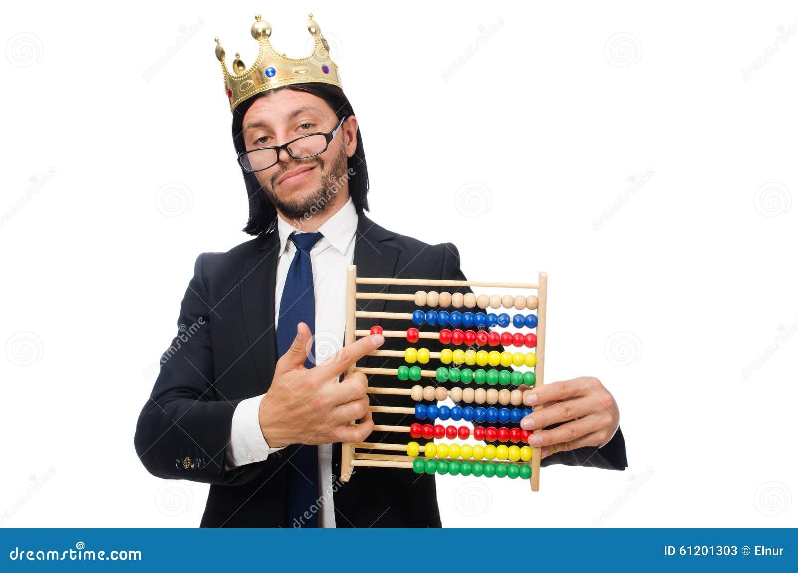 O homem engraçado com calculadora e ábaco