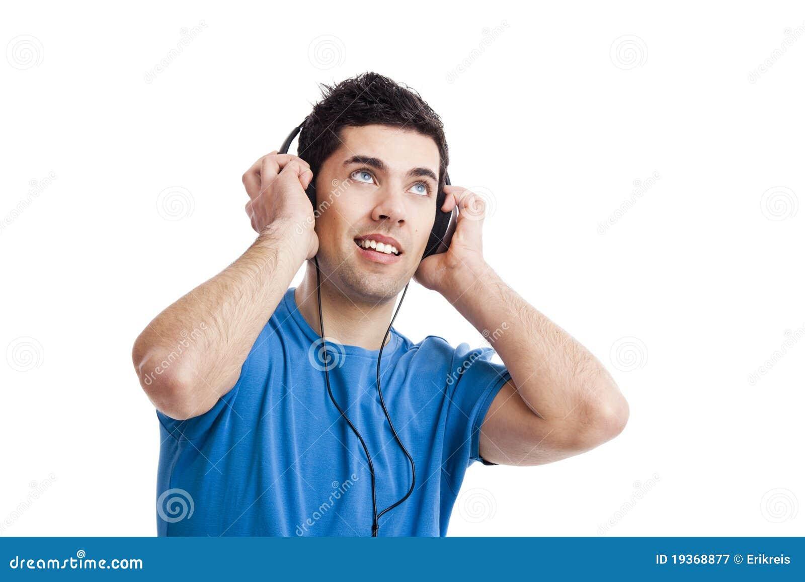 O homem novo escuta música