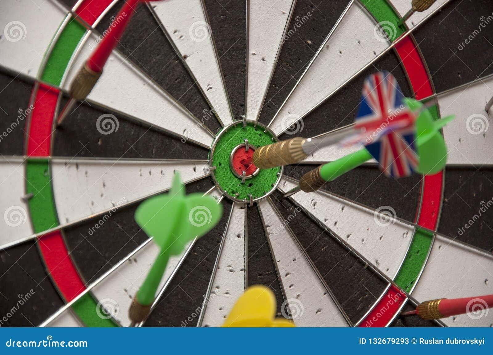 O jogo do close-up dos dardos
