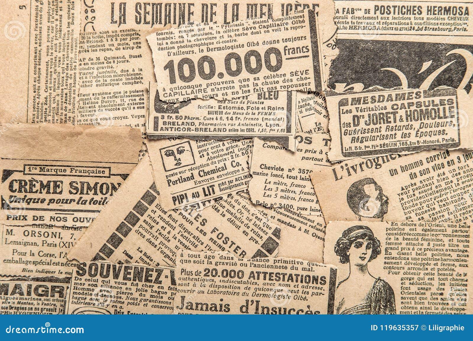 O jornal remenda o vintage que anuncia tiras velhas do compartimento