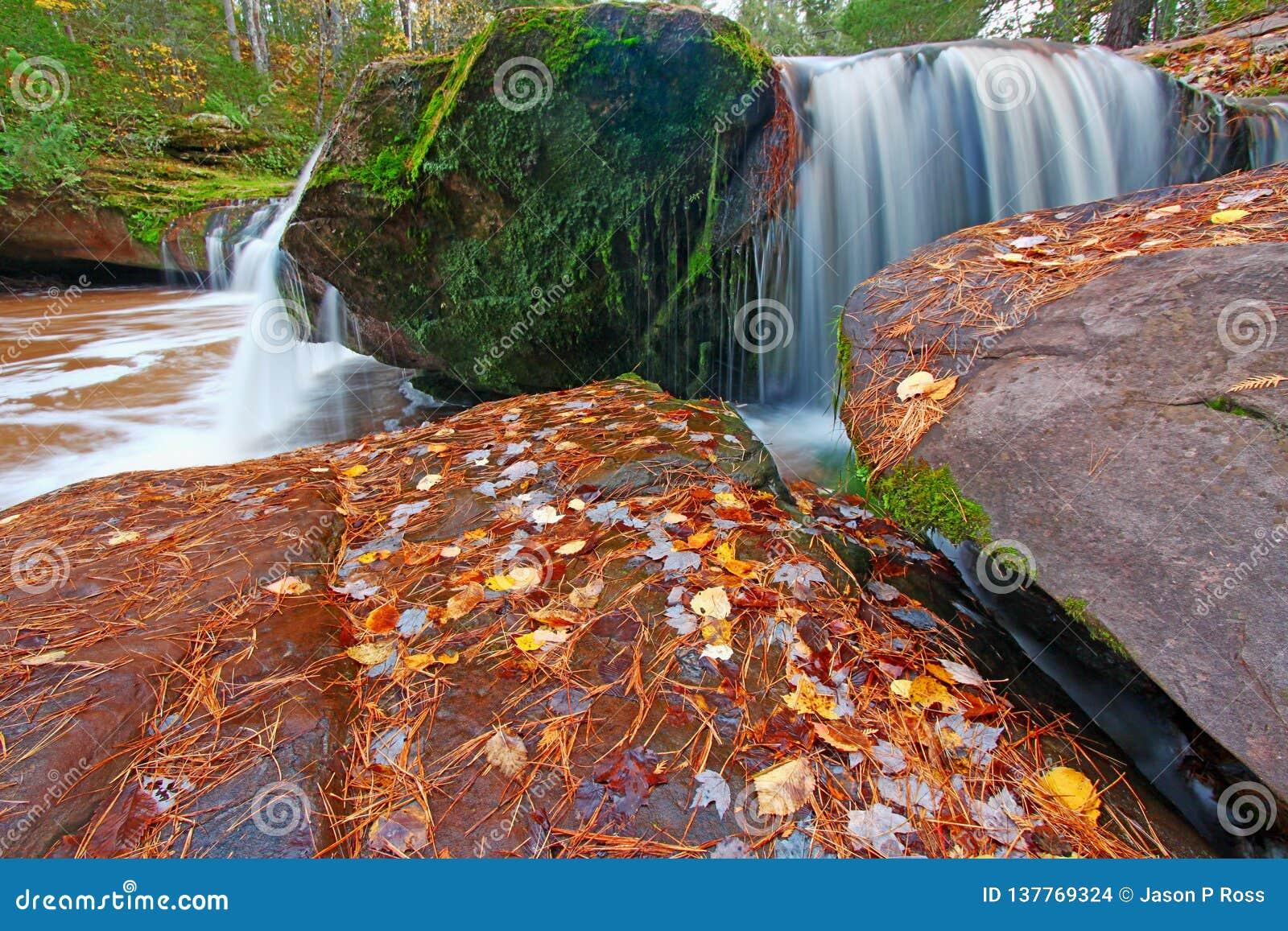 O Kun De Kun Falls Northwood Michigan