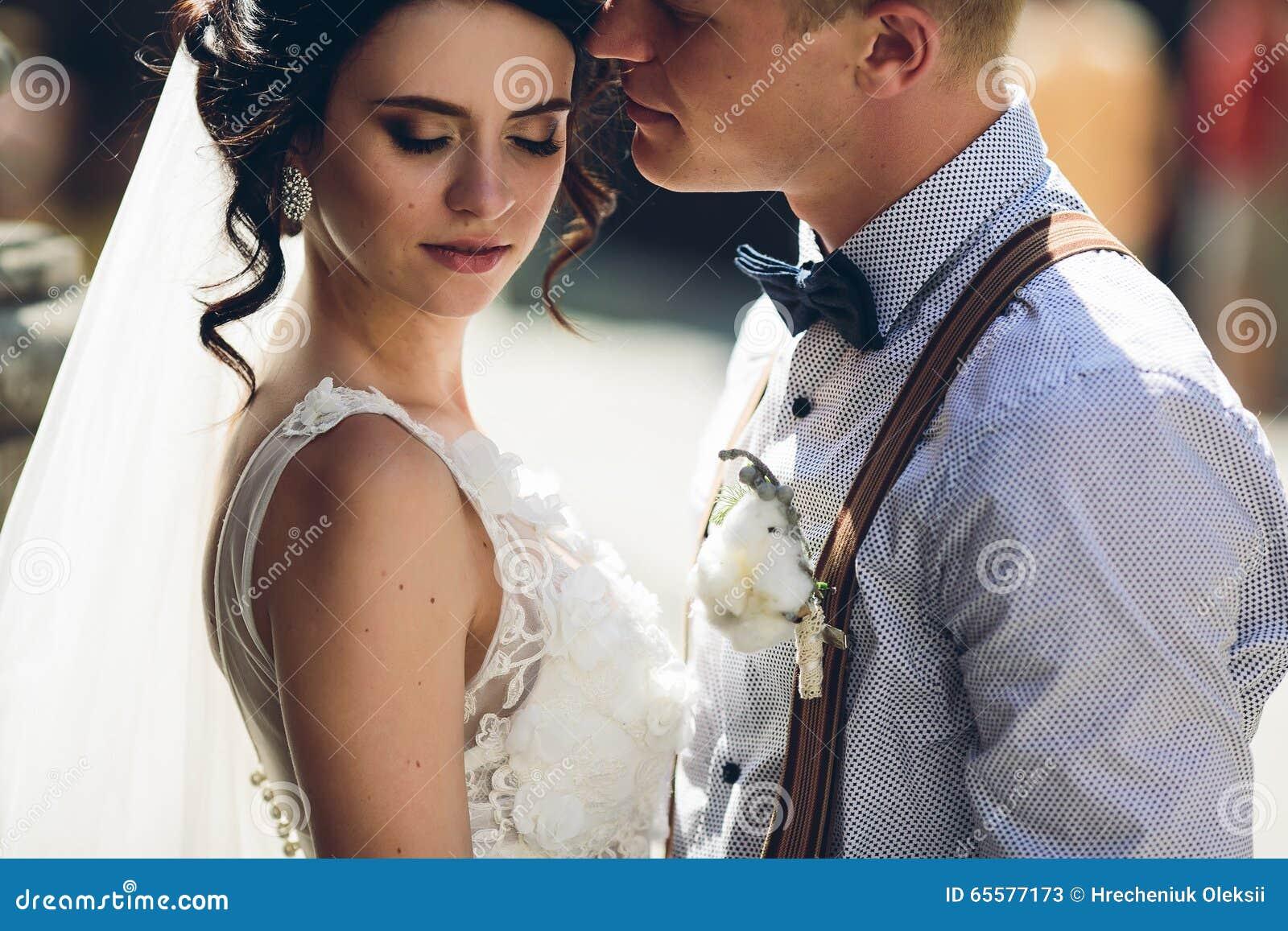 O levantamento dos noivos