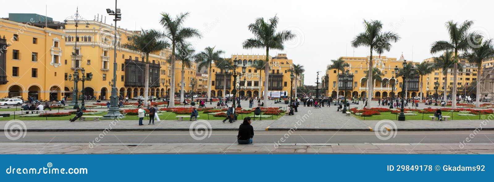 Mayor da plaza (anteriormente, Plaza de Armas) de Lima, Peru