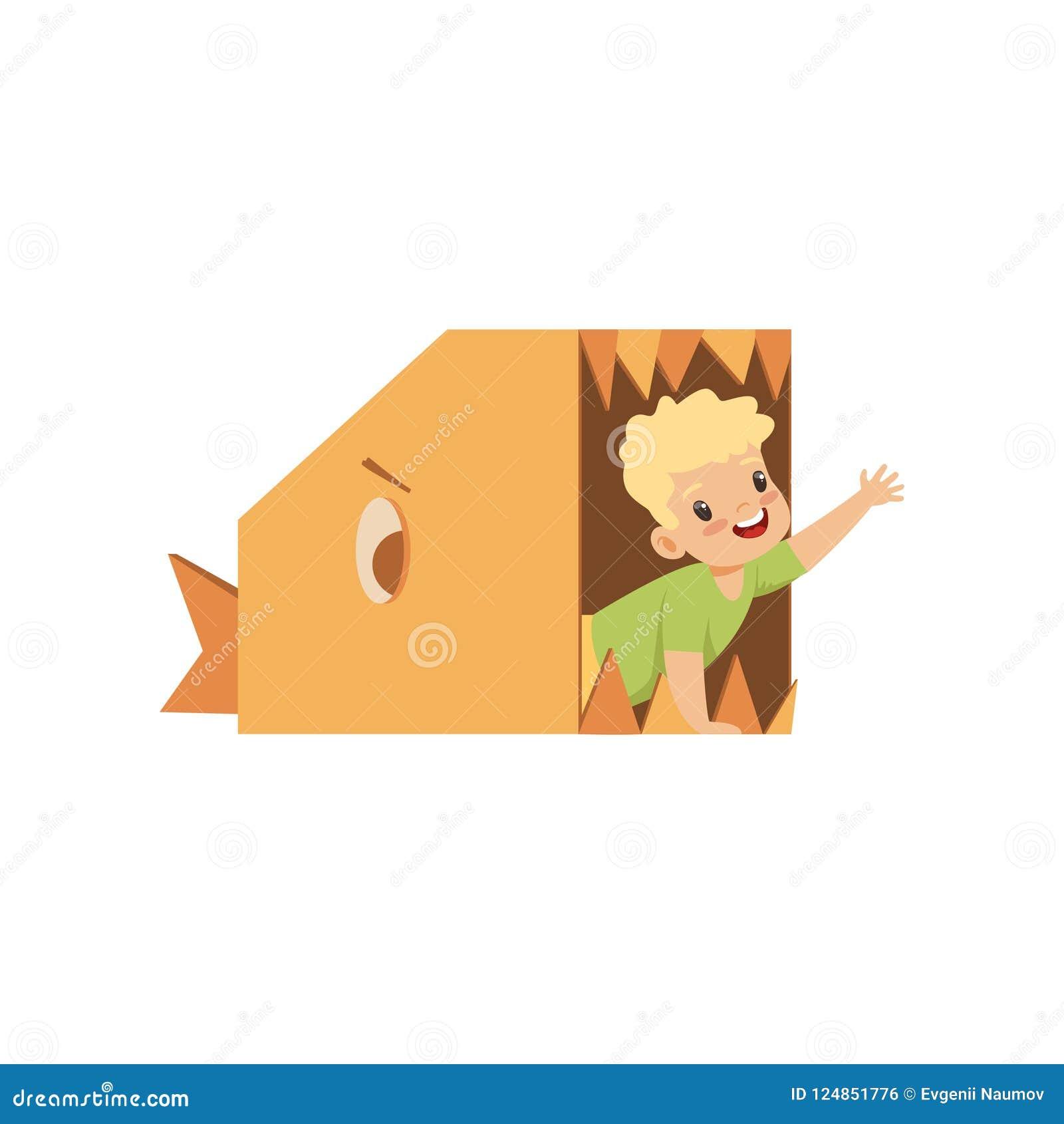 O menino bonito que joga dentro de um peixe toothy feito de caixas de cartão vector a ilustração em um fundo branco