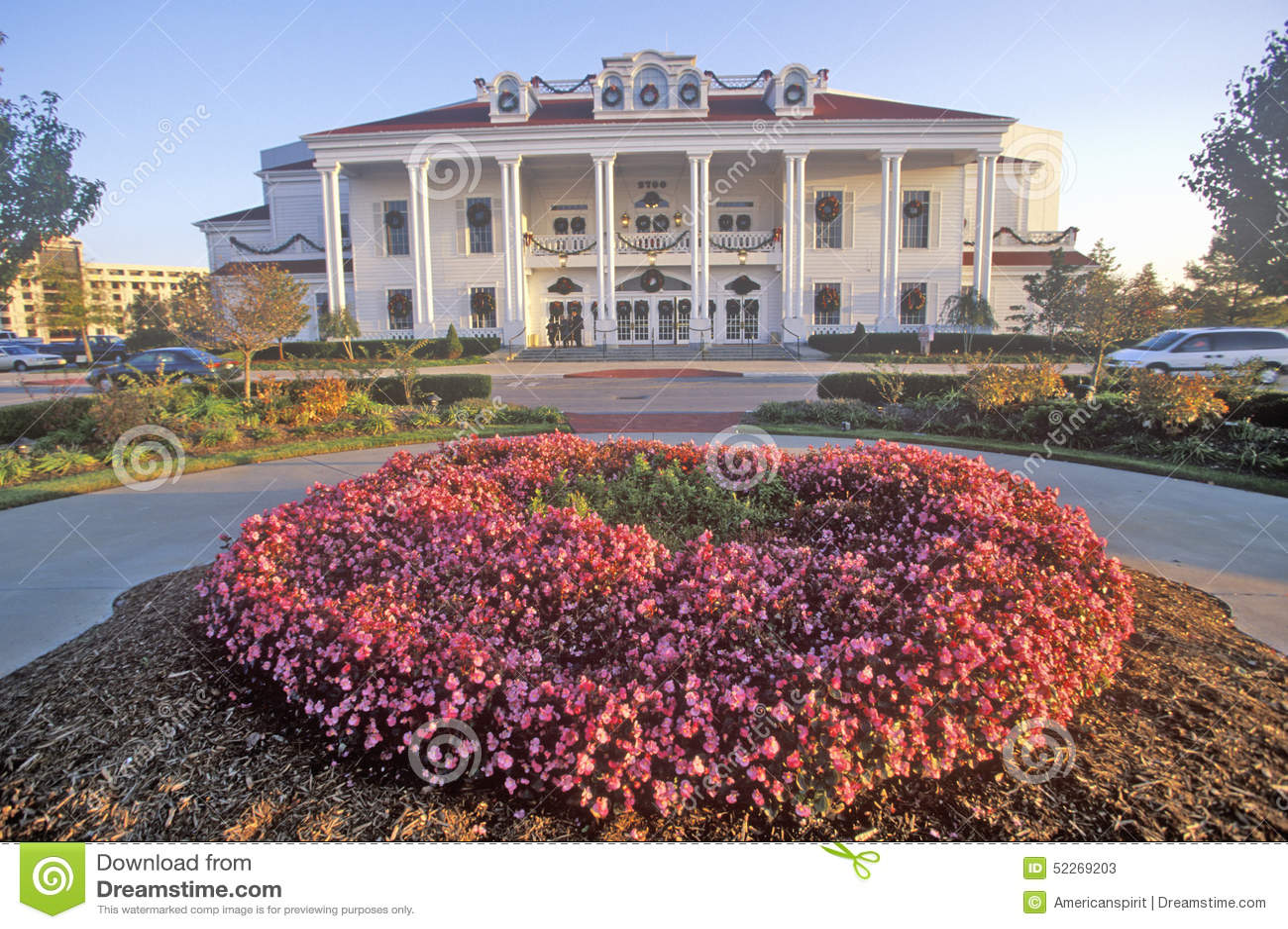 O palácio grande, Ozark Mountain Entertainment Center, Branson, MO