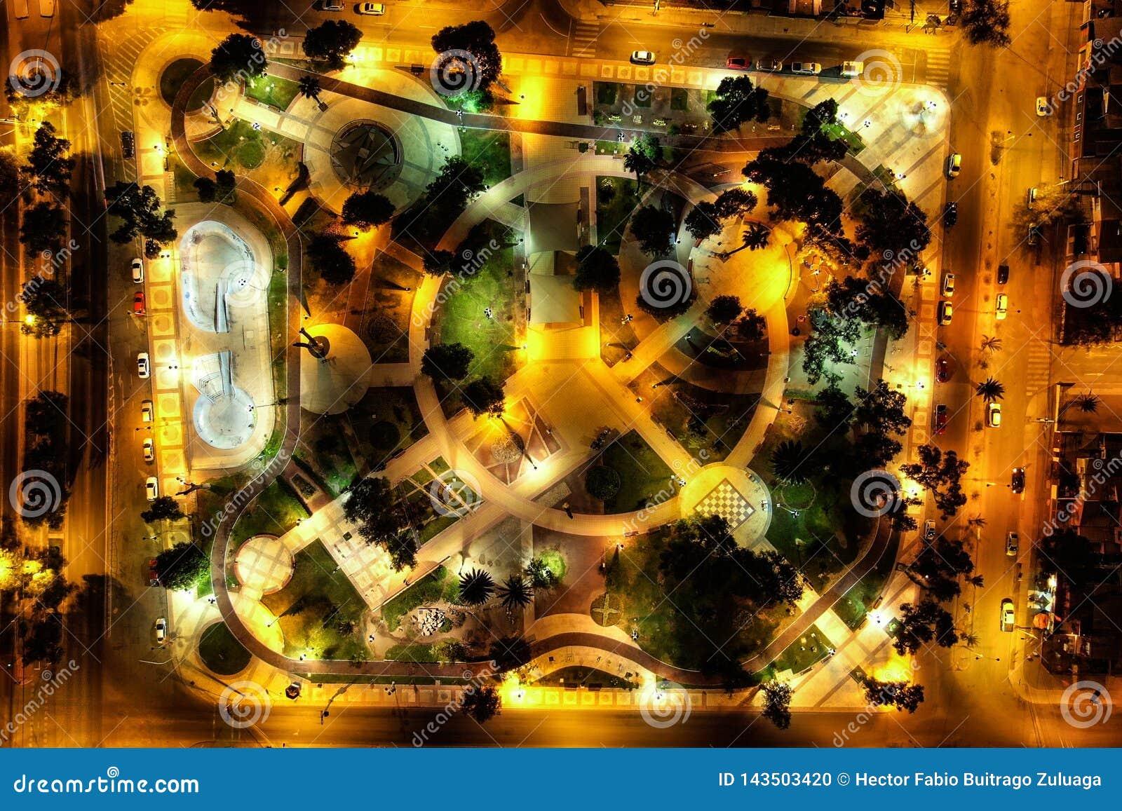 O parque principal no pimentão