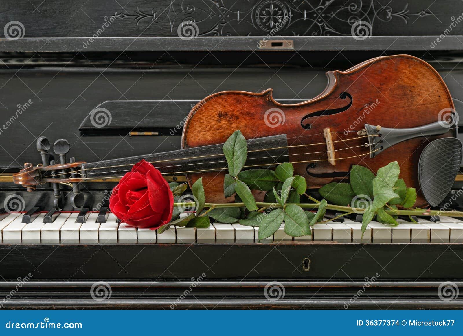 O piano do violino aumentou