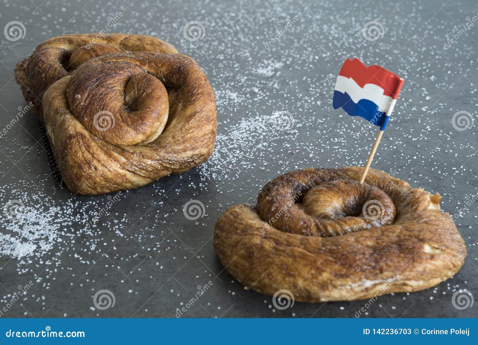 O rolo de pão holandês típico da canela, chamou Taça