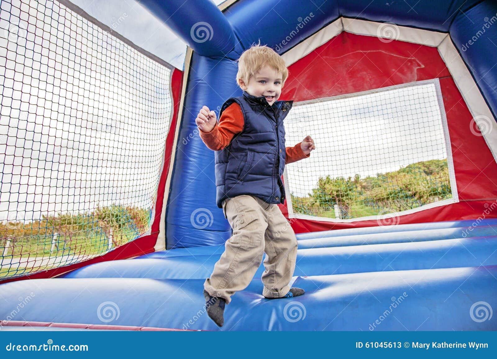 O salto do menino