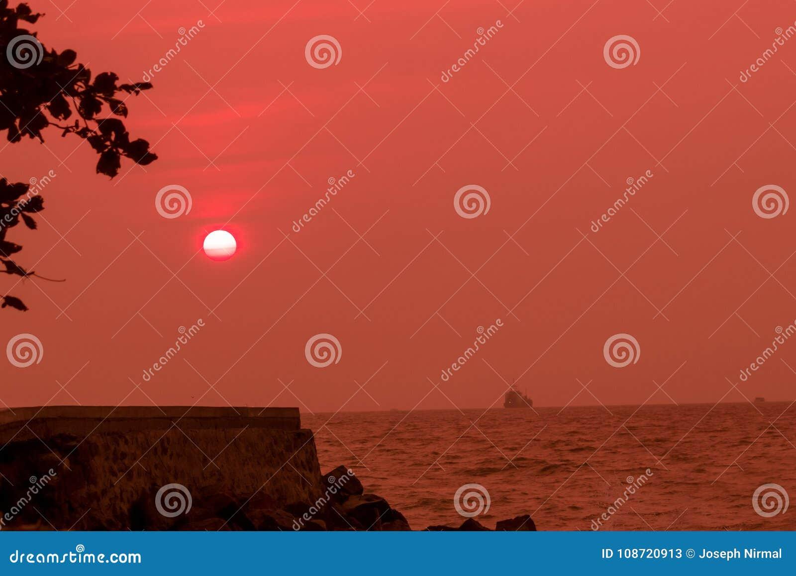 O sol de cora
