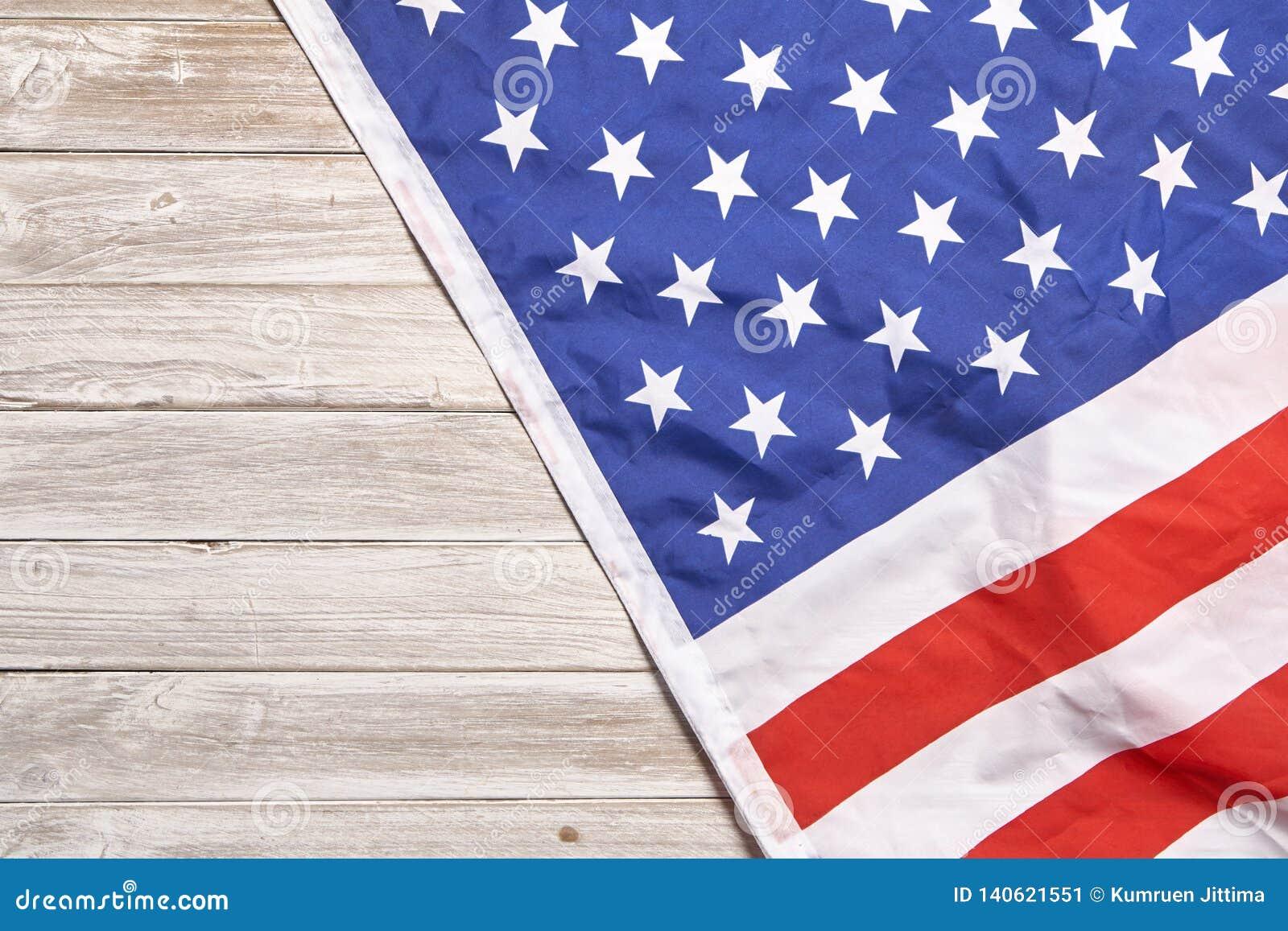 O sumário comemora o feriado americano