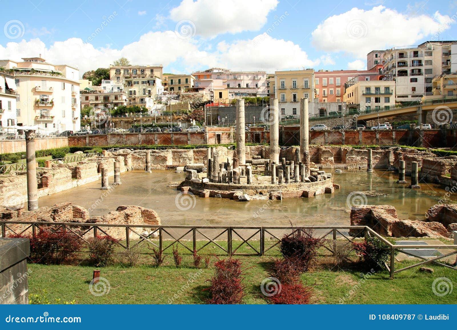 O templo de Serapide