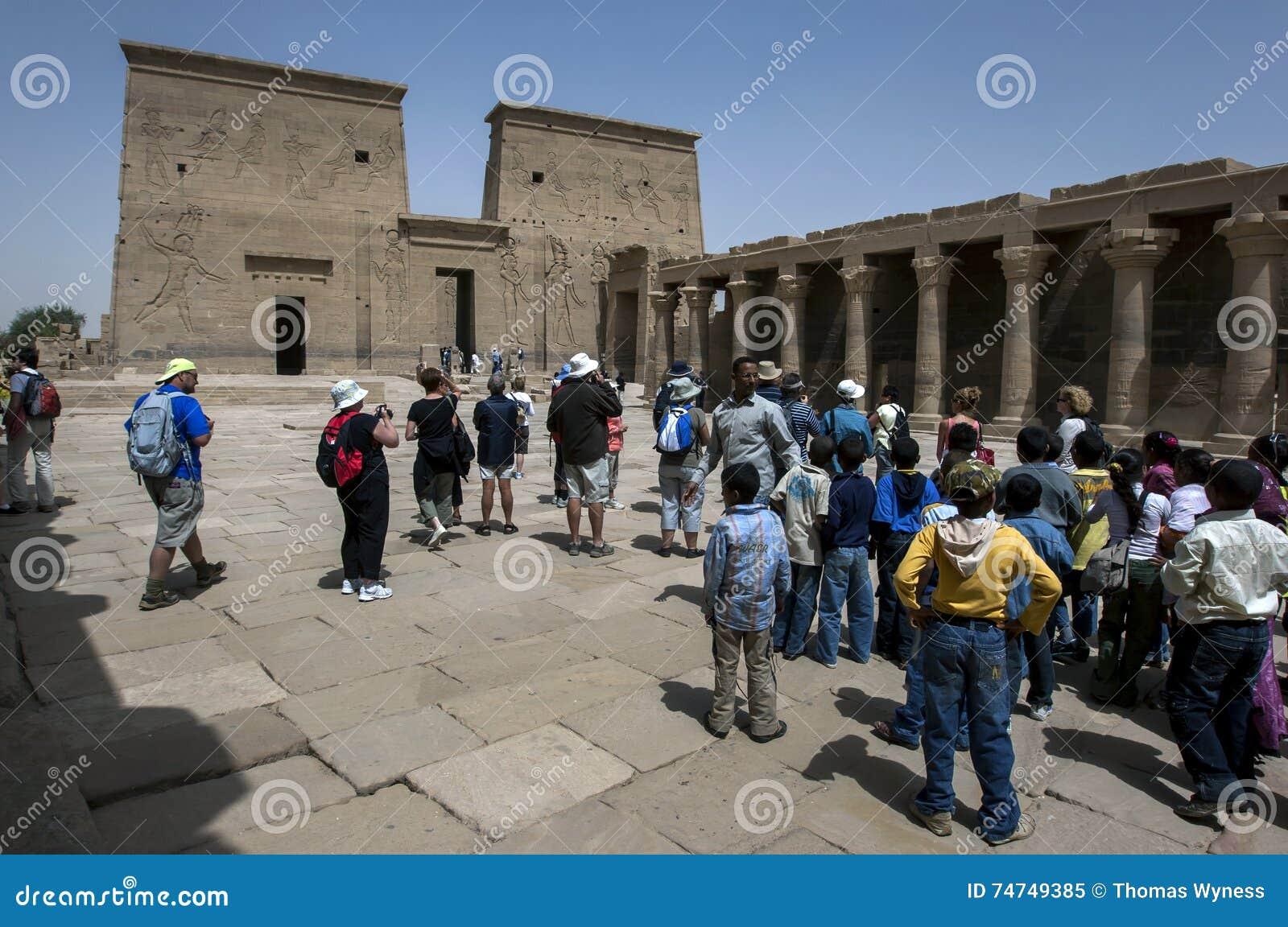 O templo do Isis na ilha de Philae (ilha de Agilqiyya) em Egito