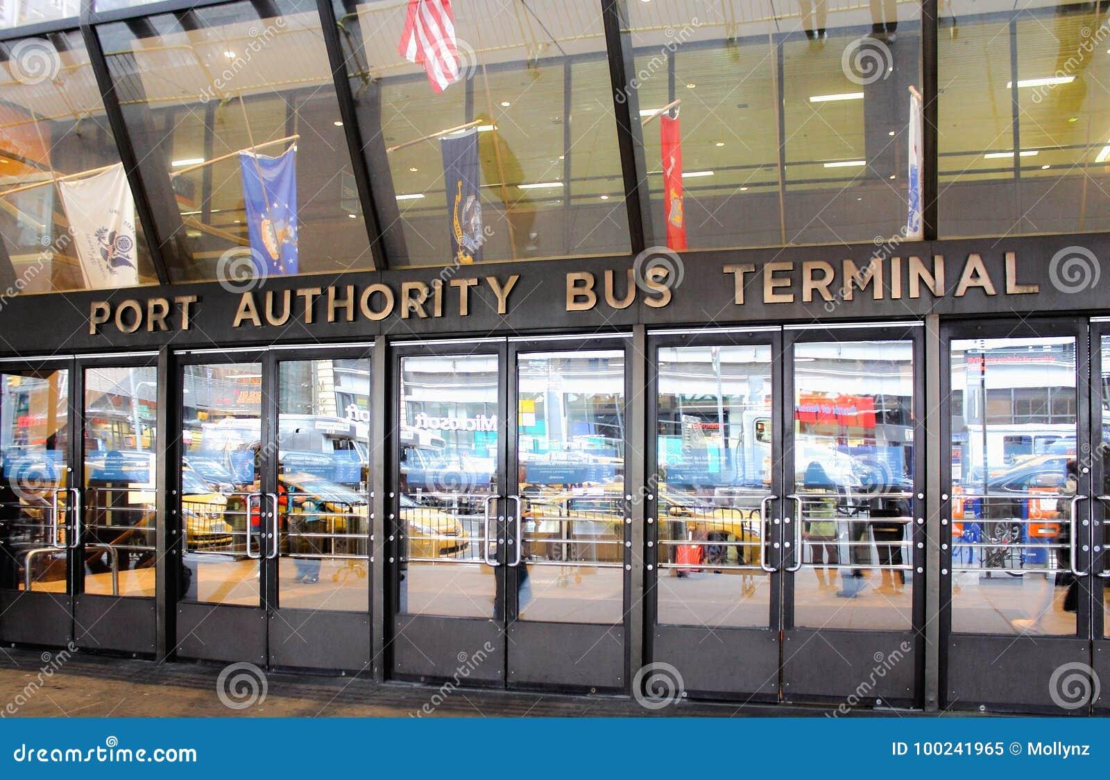 O terminal de ônibus da autoridade portuária