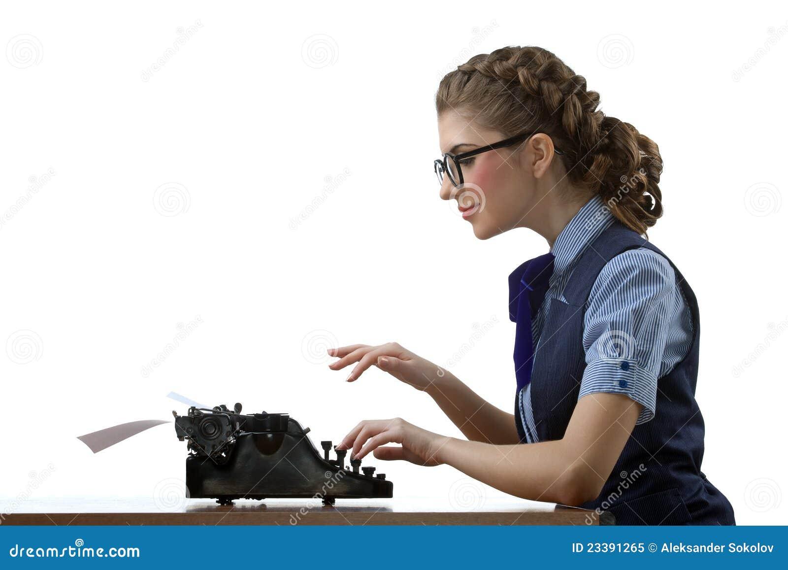 O trabalho do secretária-datilógrafo