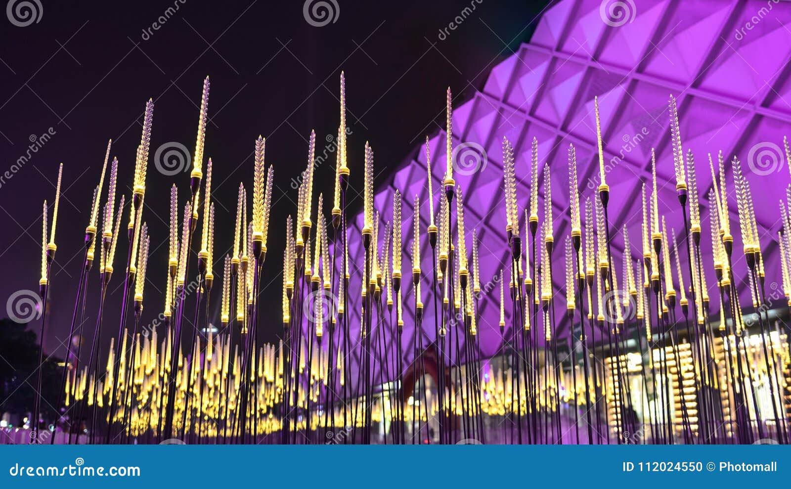 O trigo da paisagem da cidade conduziu a iluminação