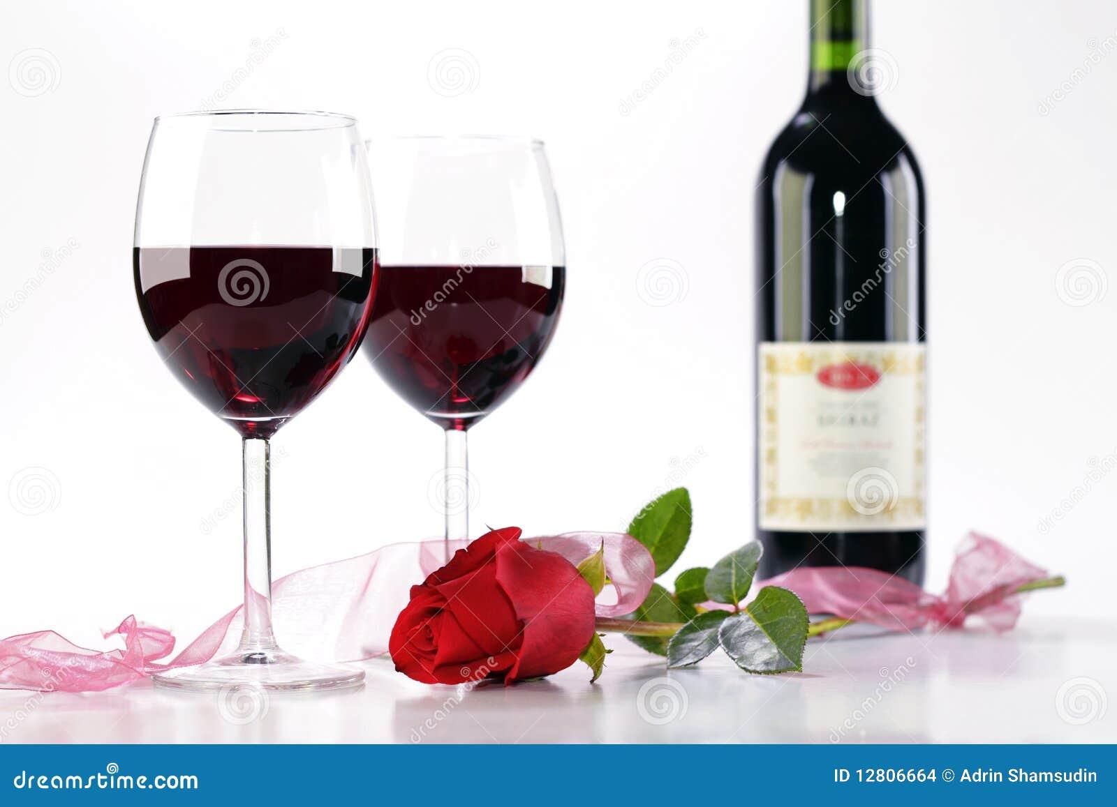 O vinho e levantou-se
