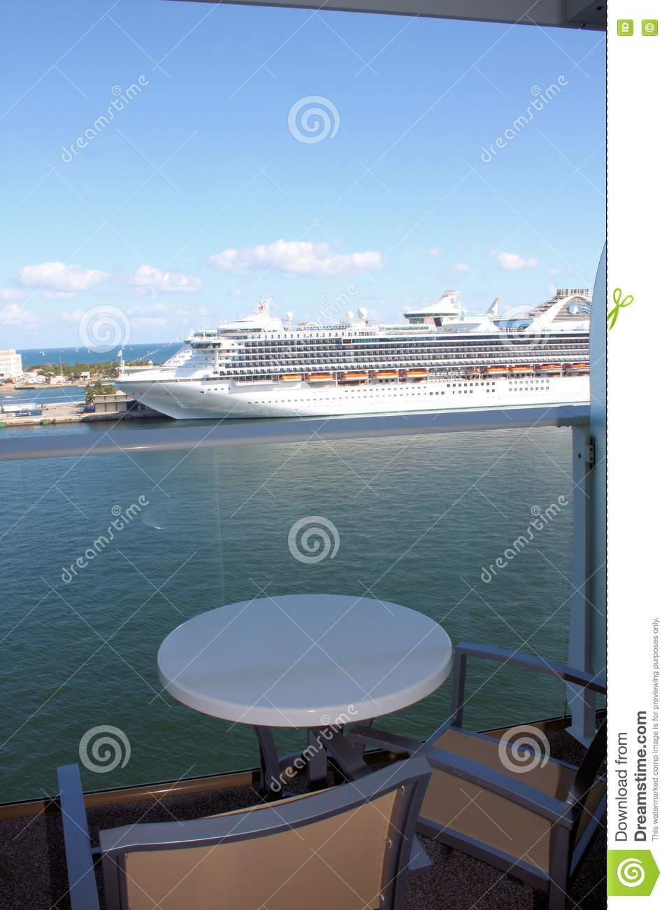 Oasis of the seas cruise ship balcony stock images image for Cruise ship balcony view