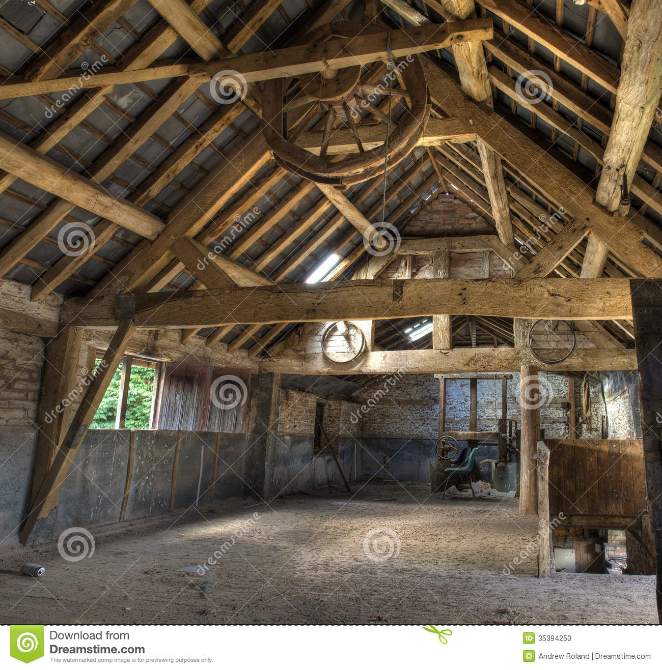 Oast house herefordshire stock photo image 35394250 for Stone house interior