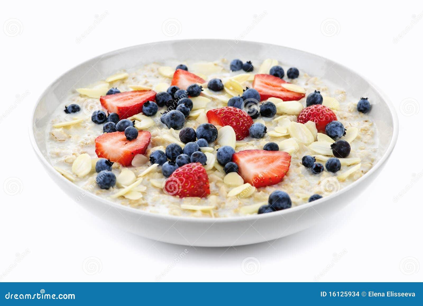 Oatmeal κύπελλων μούρων