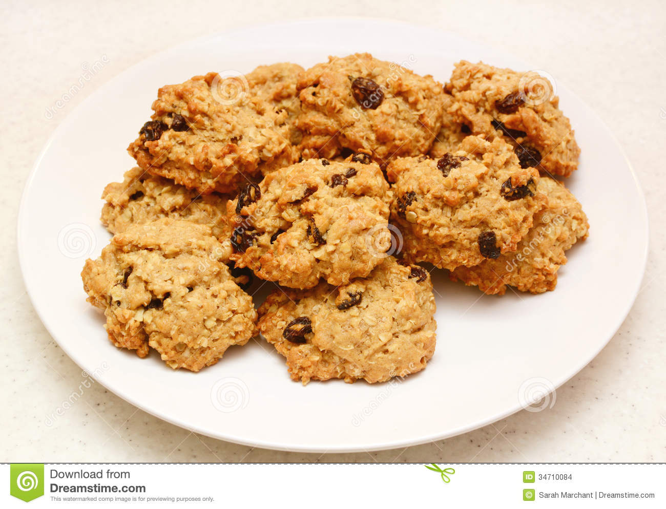 Plate Of Cookies Clipart Oatmeal raisin cookies fresh
