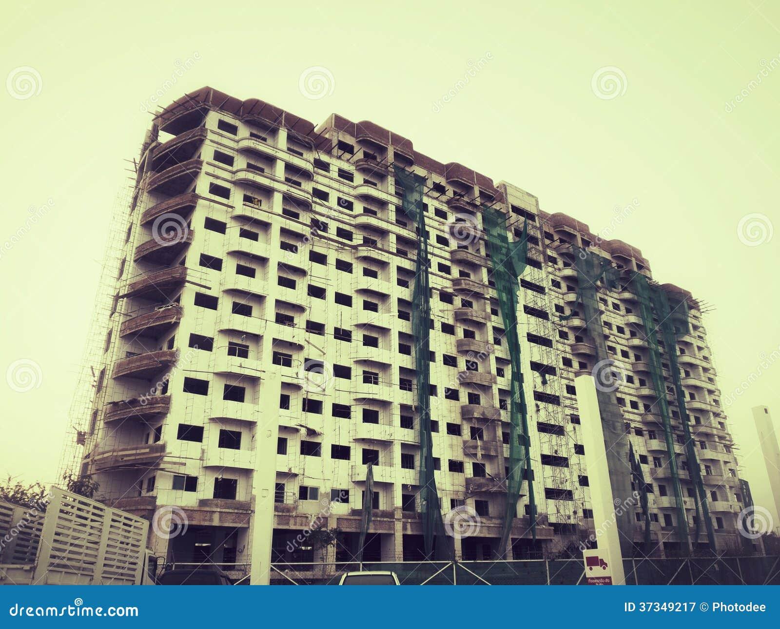 Oavslutad byggnad