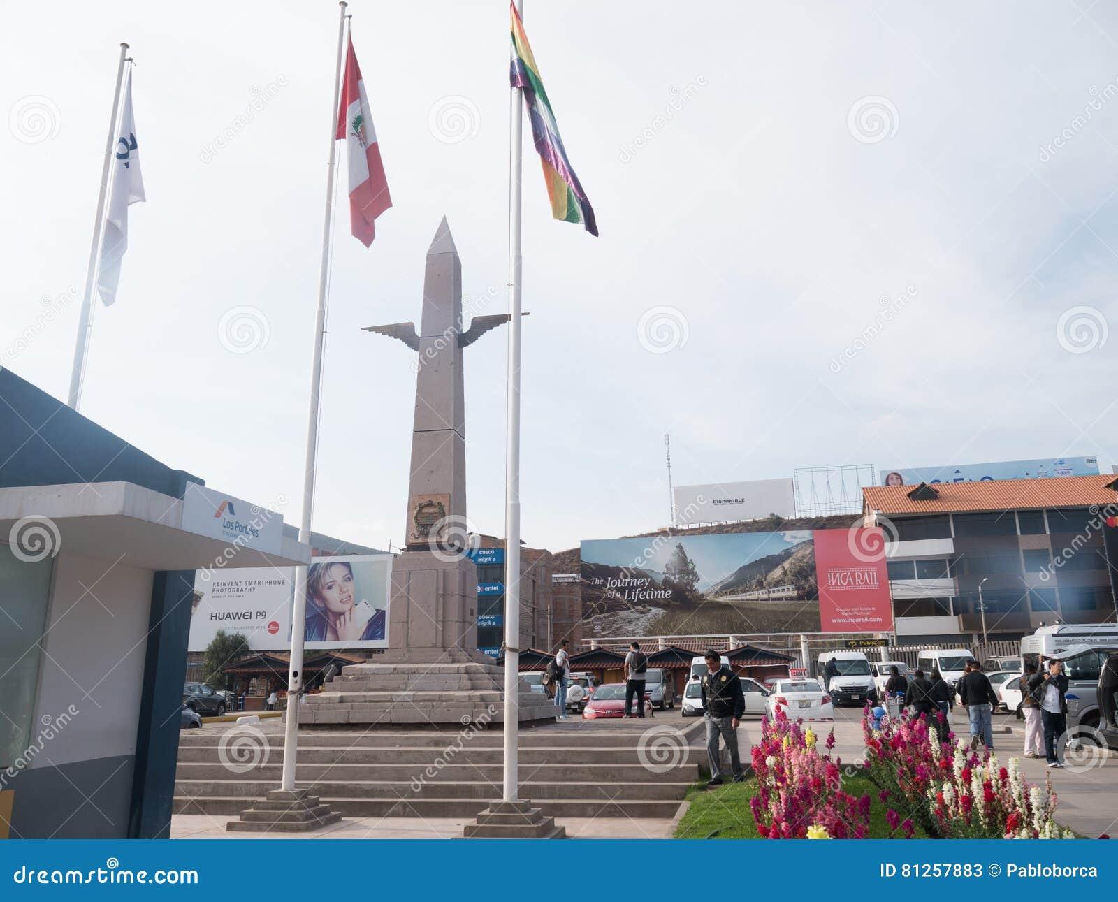 Obelisco En El Aeropuerto Internacional Alejandro Velasco Astete En Cusco Peru Foto De Archivo Editorial Imagen De Velasco Internacional 81257883