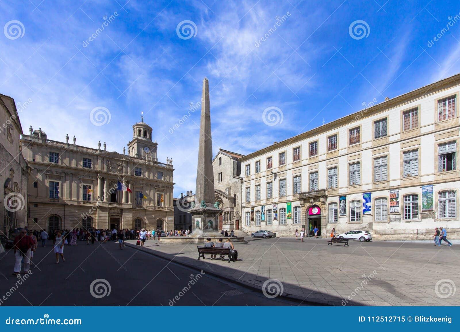 Obelisk in Arles, Frankreich