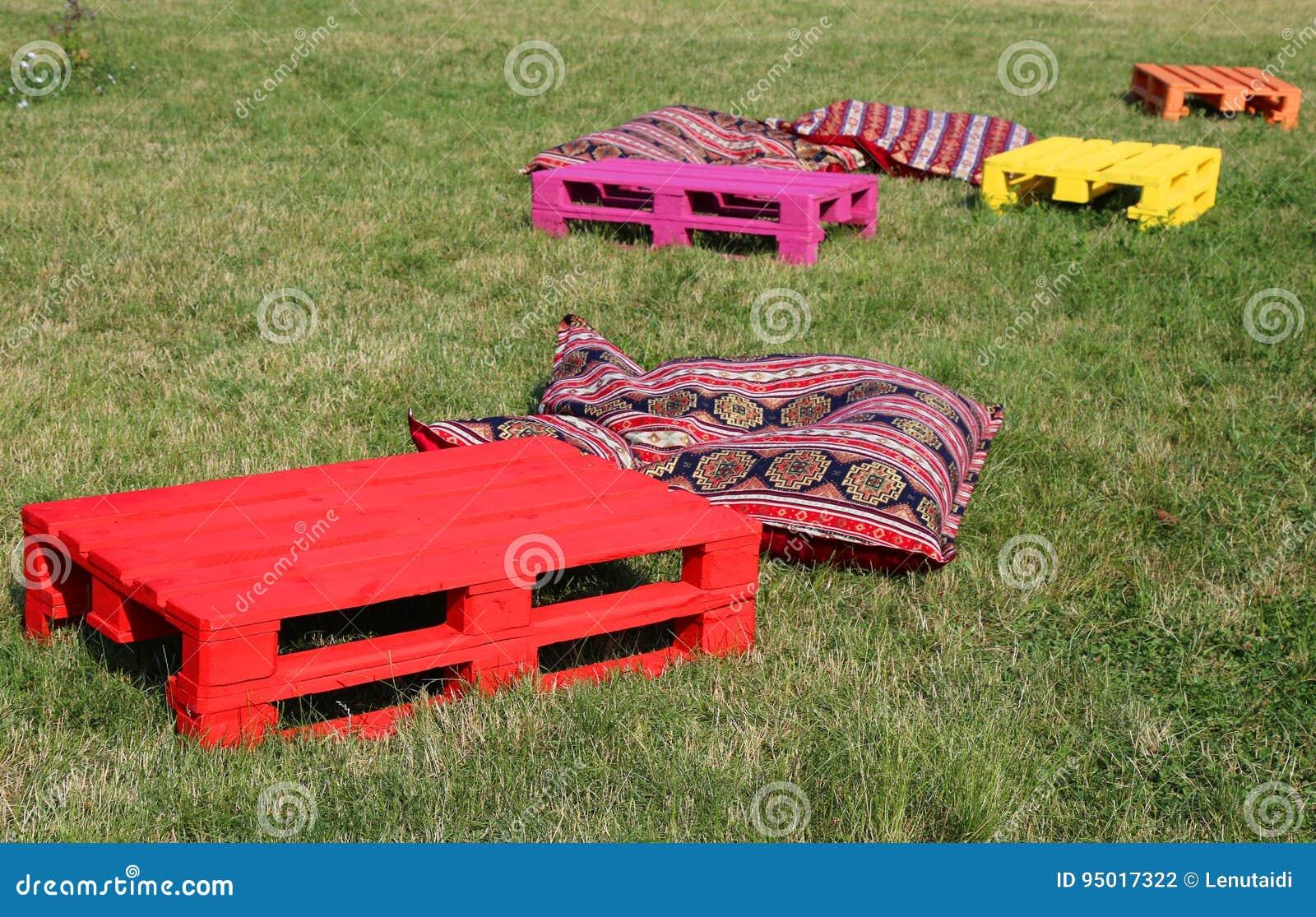 Objekt för vilar på gräset