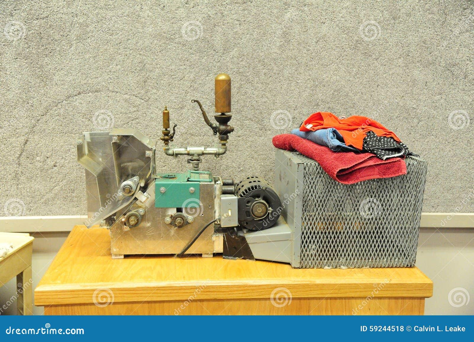 Download Objeto Expuesto De La Máquina De La Prensa De Algodón En El Museo Del Tunica En Mississippi Del Norte Foto de archivo editorial - Imagen de exploración, textil: 59244518