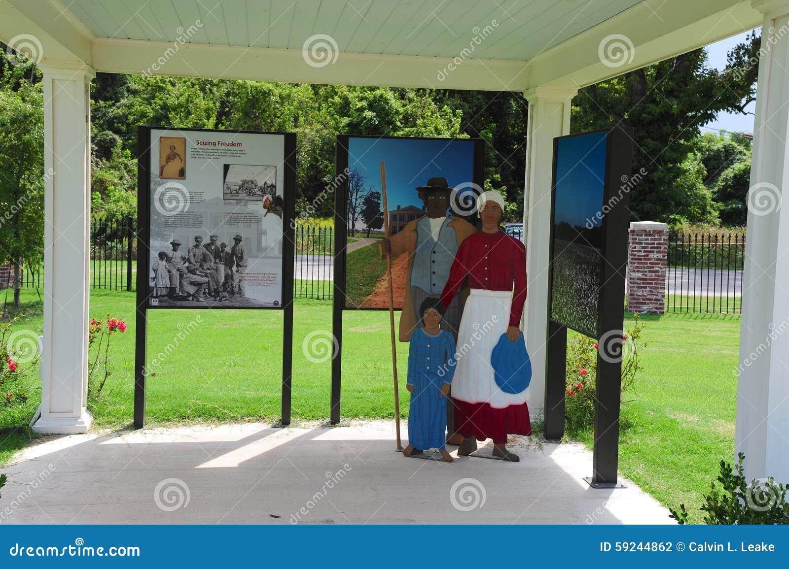 Download Objeto Expuesto En El Parque De La Libertad, Helena Arkansas Fotografía editorial - Imagen de viaje, civil: 59244862