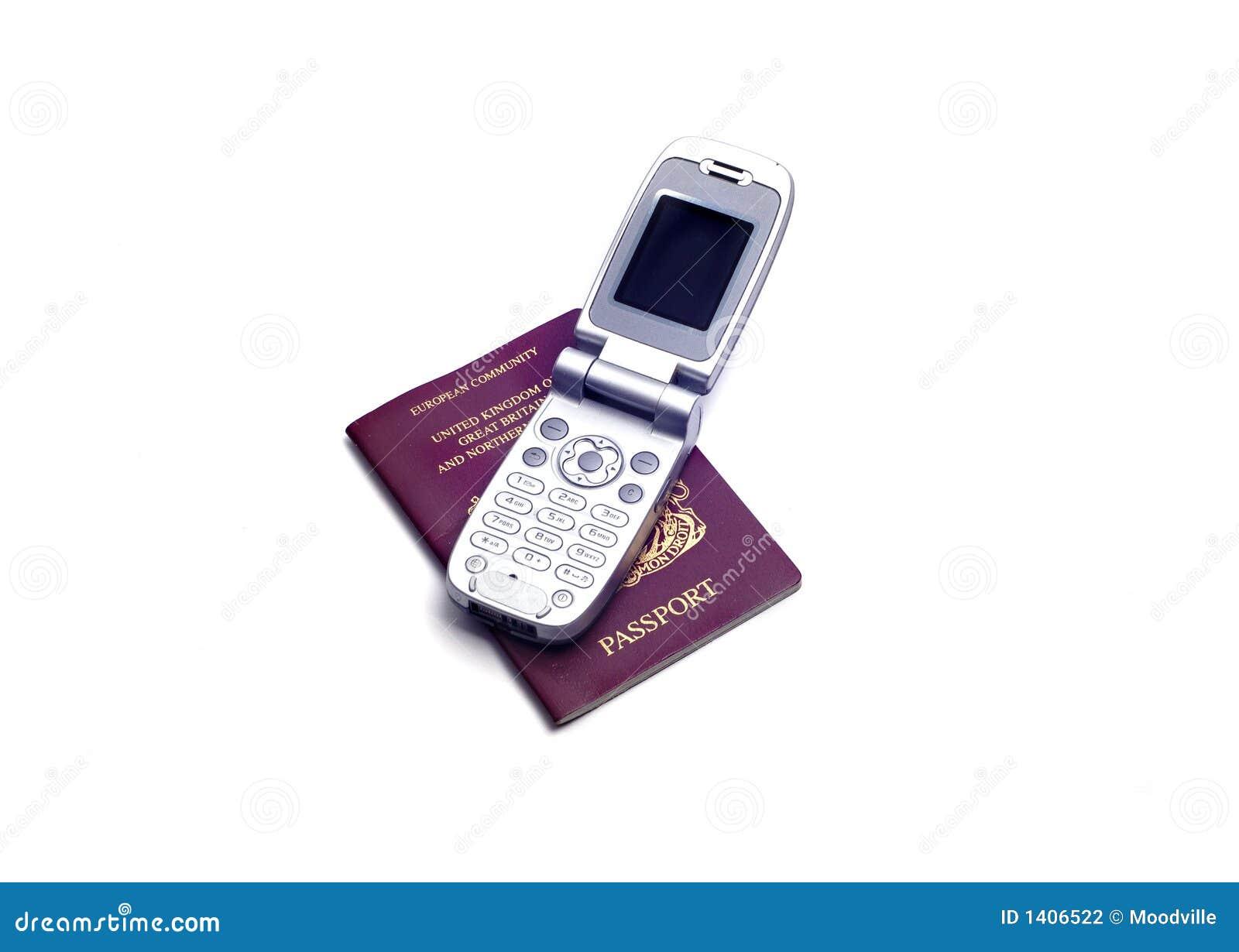 Objets - passeport et téléphone