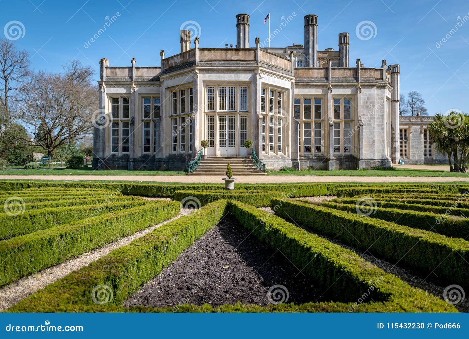 Obra-prima romântica do castelo de Highcliffe