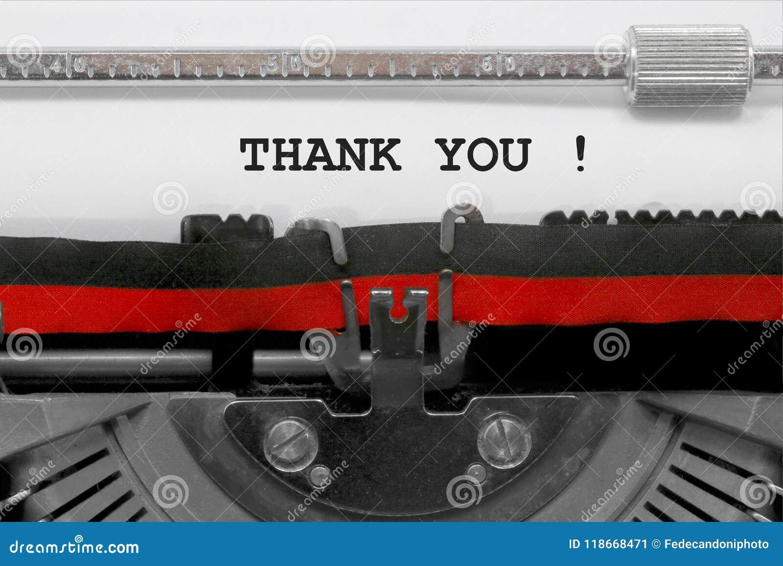 Obrigado text pela máquina de escrever velha no Livro Branco
