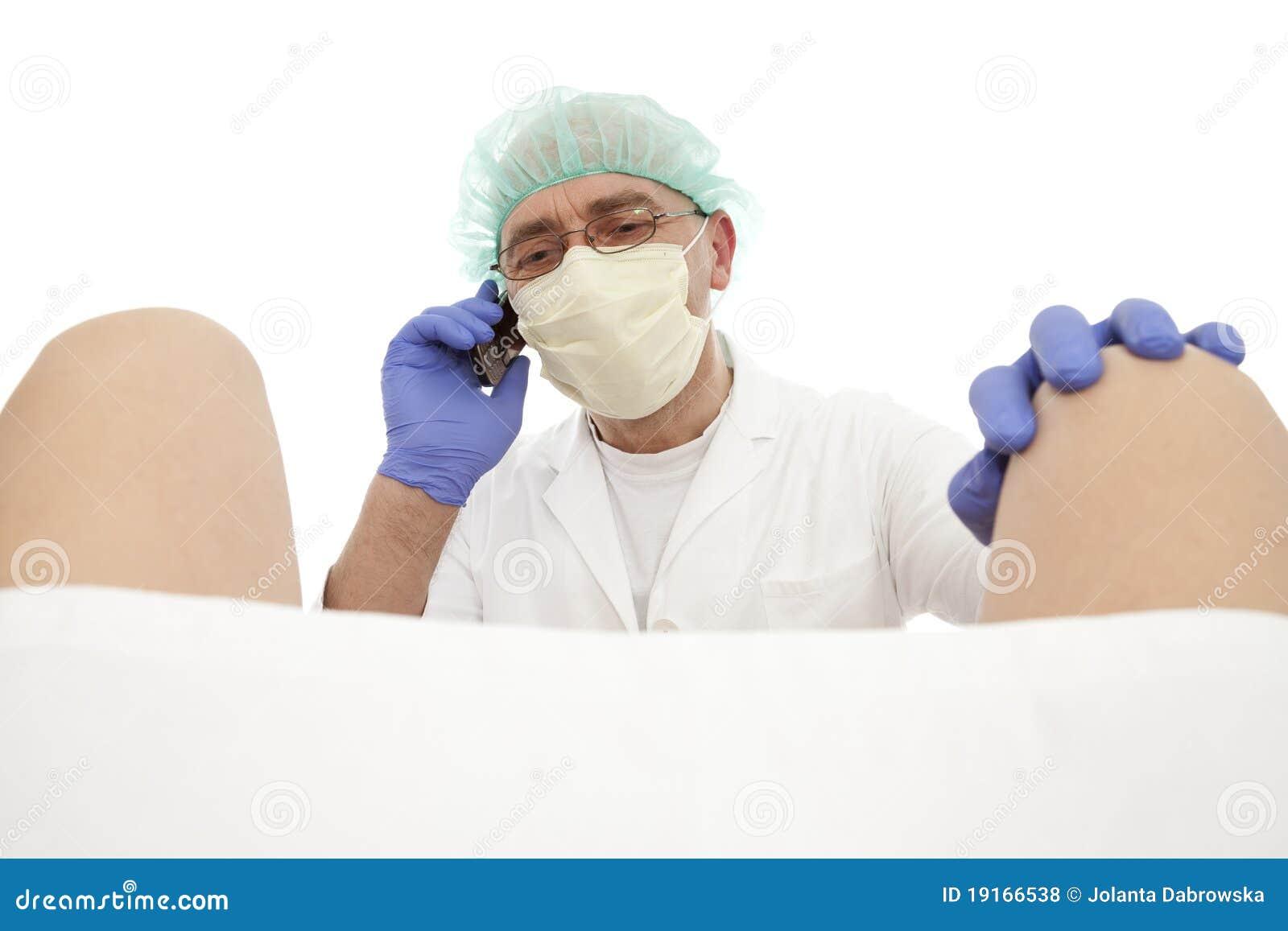 Странный осмотр гинеколога 14 фотография