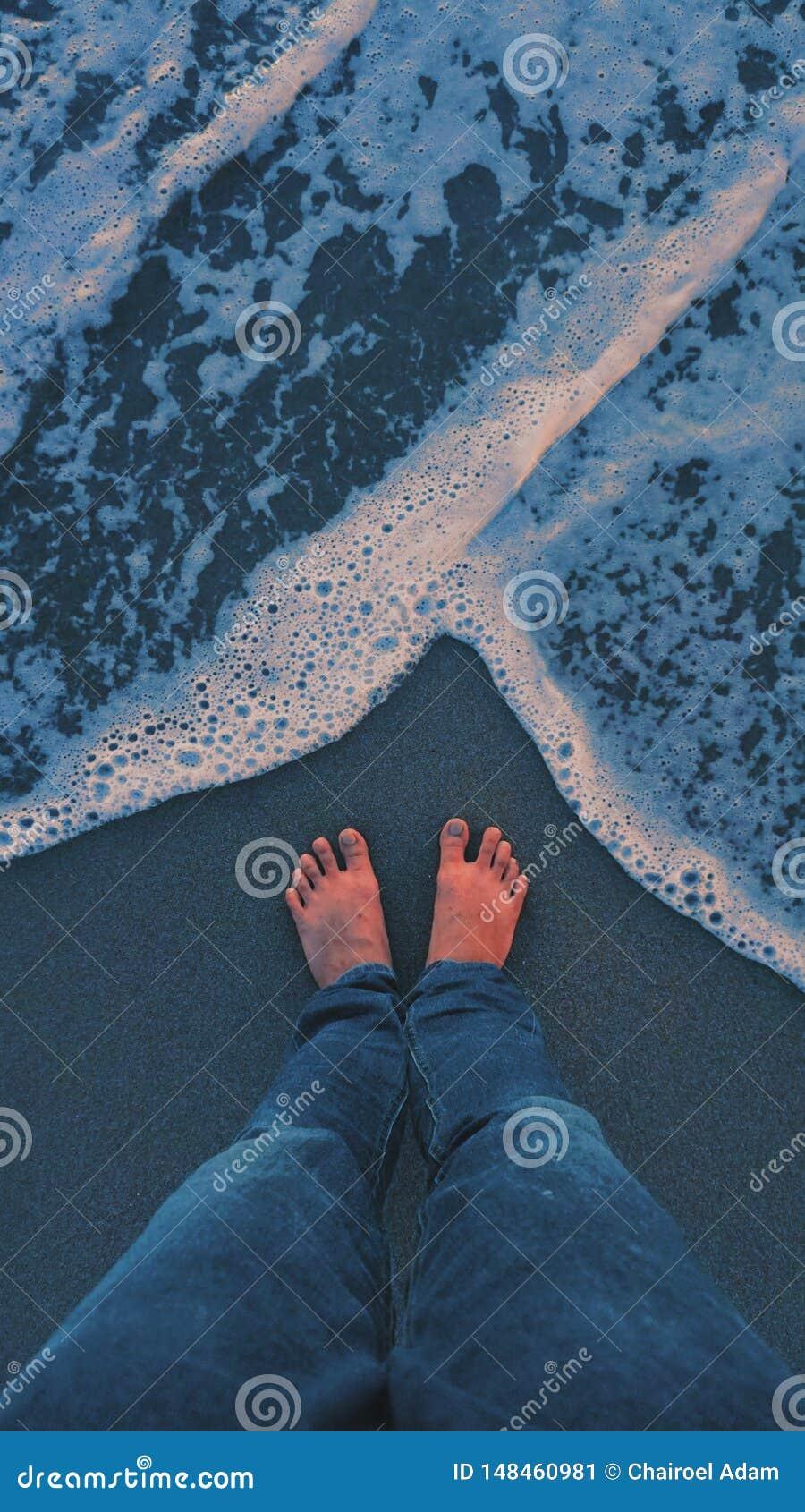 Océano azul relajante y que calma del humor