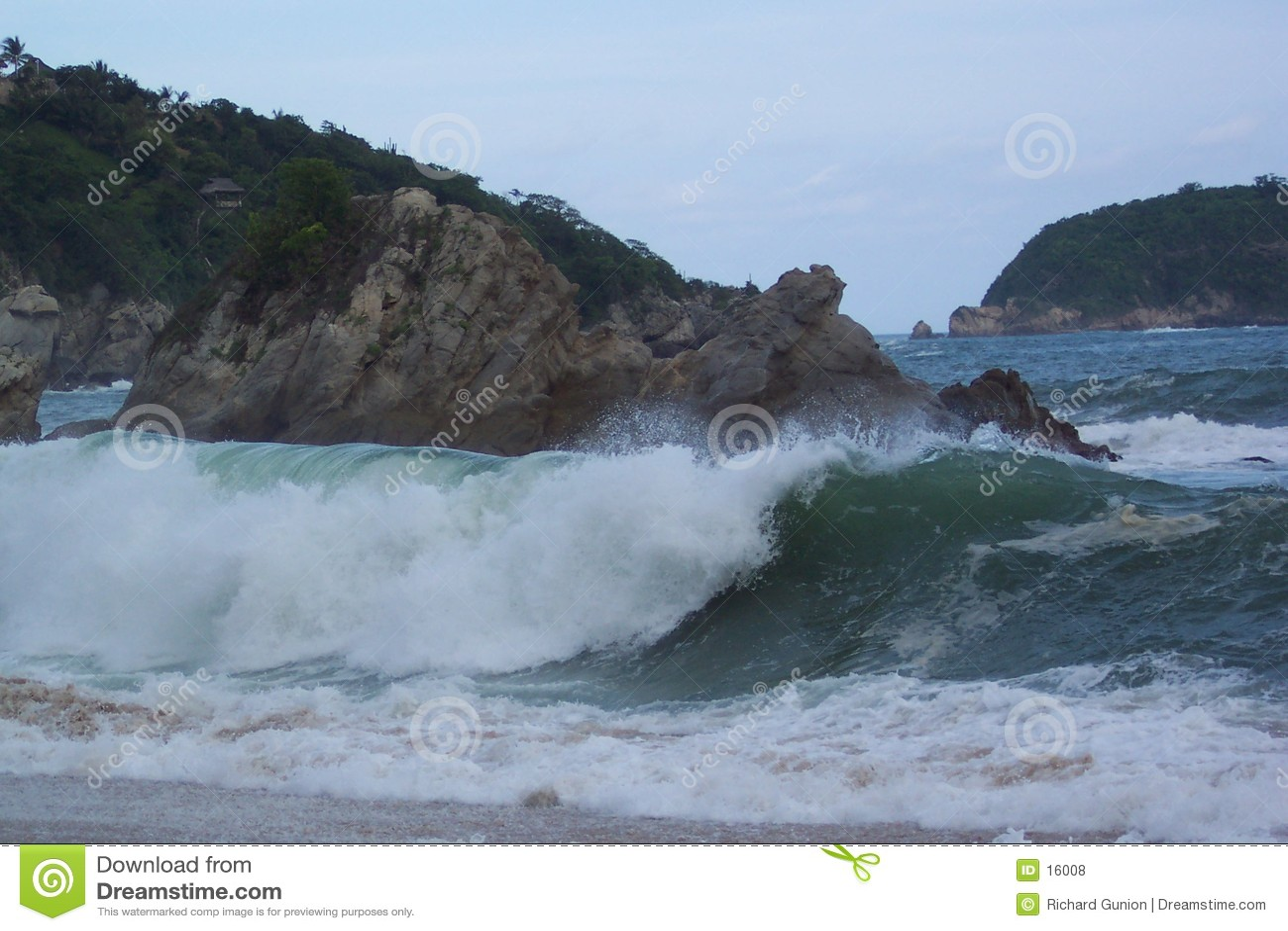 Océano enojado